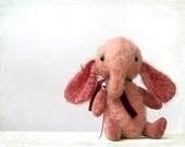 Artist Teddy Elefant Sonya pink coral