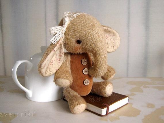 Artist Teddy Elefant Sasha OOAK Beige Broun chocolate