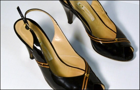 SALE Authentic Vintage Black Gucci Peep Toe High Heels size 36.5 us 6.5 Patent Leather 70s Slingback style