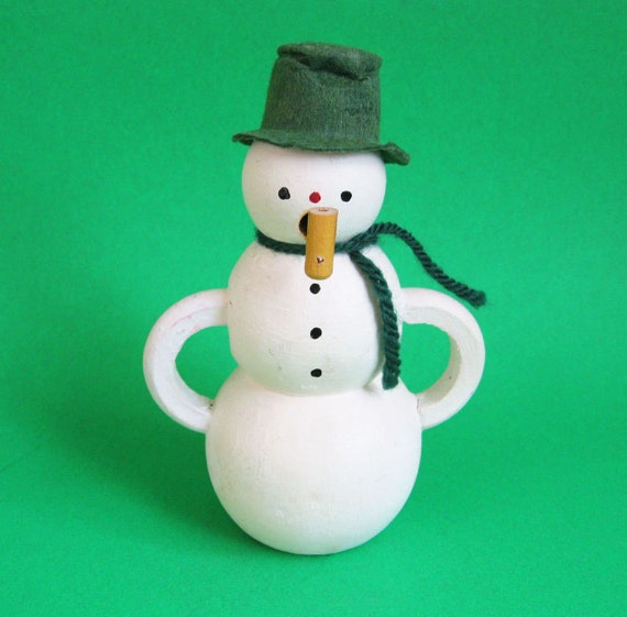 Vintage Wood Snowman Figurine with Corn Cob Pipe - Smoker Snowman - Vintage Antique Christmas Snowman Figurine