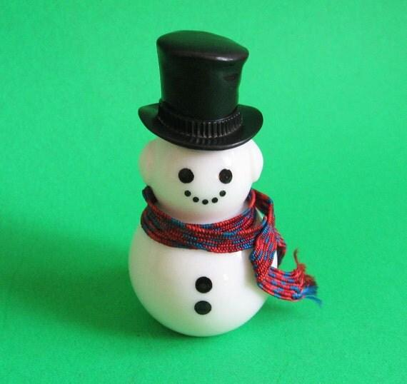 Vintage Milk Glass Snowman Collectible Figurine 1970's Avon Cologne Bottle Snowmen Christmas Decoration Home Holiday Decor