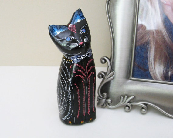 Vintage Black Cat - Lacquerware Wood Collectible Figurine - Folk Art Style with Flowers and Ferns - for Home Decor