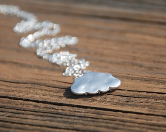 Lovely Little Cloud Sterling Silver Necklace (Silver)