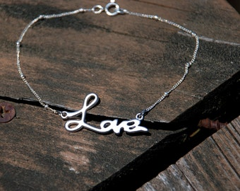 Forever LOVE Sterling Silver Chain Bracelet, Love bracelet, Sterling Silver Bracelet, Bridal Jewelry, Bridesmaids gifts, Birthday Gift