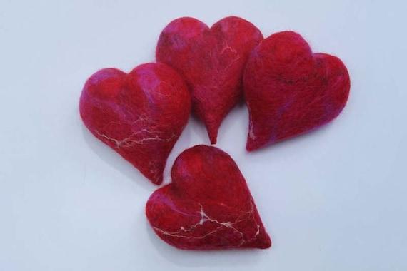 Needle Felting Kit red Christmas 4 hearts, online tutorial