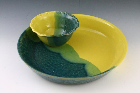 Clearance / Baking Dish / Chip and Dip / small bowl in yellow and blue glaze