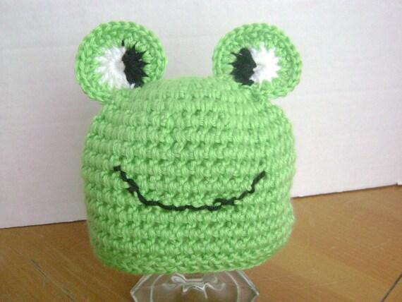 Handmade Crocheted Newborn Baby Frog Hat  Photo Prop