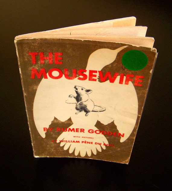 Vintage Children's Book - The Mousewife - 1971