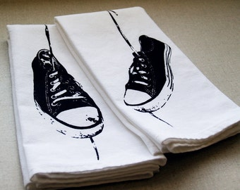 Hanging Sneakers Set of 2 Cotton Napkins