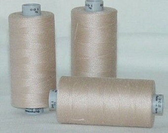 GUTERMANN Mara 100 Polyester Thread ONE (1) Spool 1,094yd 198 TAN
