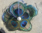 PEACOCK hairpiece with pearl center