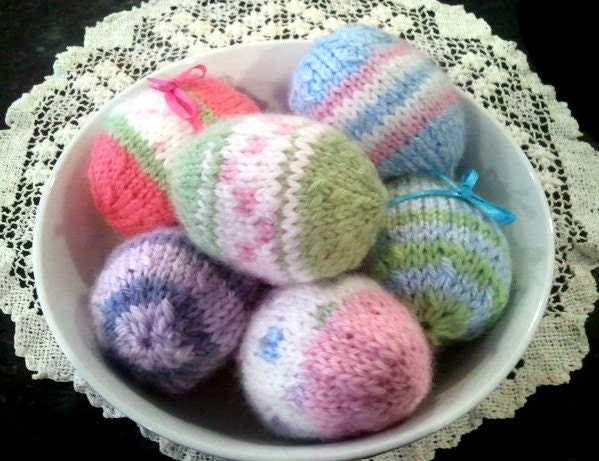Knitted Easter Eggs Free Patterns : EASTER EGG Knitting Pattern PDF Fun Easy to Knit Life-size