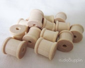 "Mini Wooden Spools, 1/2"" x 1/2"" Perfect for Twine, Thread, Crafting, and More - 20 Count (w-2502)"