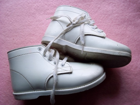 Study Baby Shoes