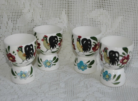 Set of 4 Rooster Chicken Egg Cups Vintage Mint Condition