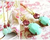 Vintage Pastel Green and Rose Pink Earrings. Vintage Mint Green and Swarovski Rhinestones Earrings. Romantic Earrings.