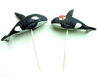 Black and White Killer Whales in Love wedding cake topper Beach Wedding