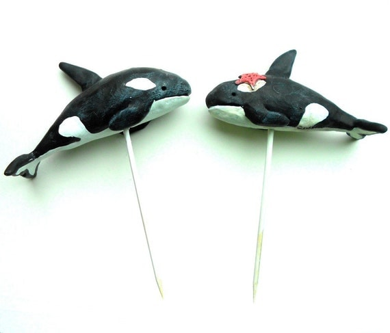 Black and White Killer Whales in Love wedding cake topper Beach Wedding