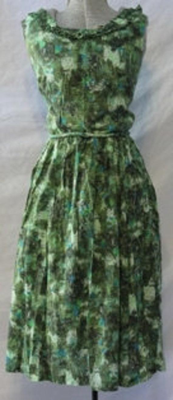 Adorable Green Cotton 1950s Bouffant Sundress