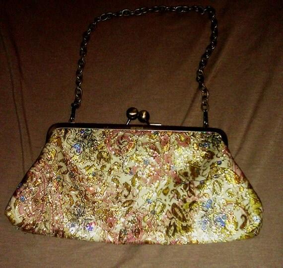 Vintage Style Golden Floral Embroidered Purse