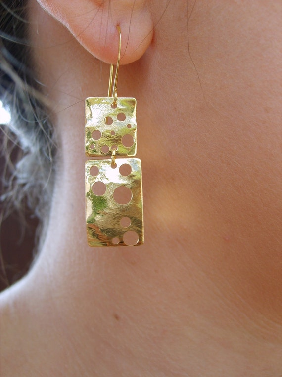 Gold dangling earrings, dangled earrings design in gold by Peshka.