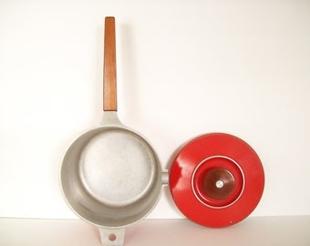 Danish Modern Pan - Red Spouted