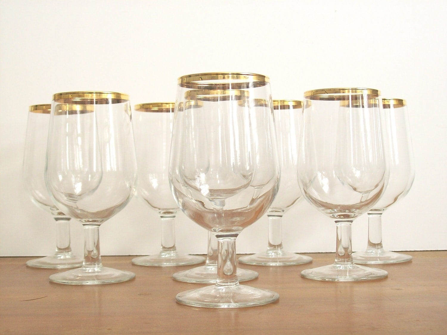 gold rimmed wine glasses water goblets vintage stemware. Black Bedroom Furniture Sets. Home Design Ideas