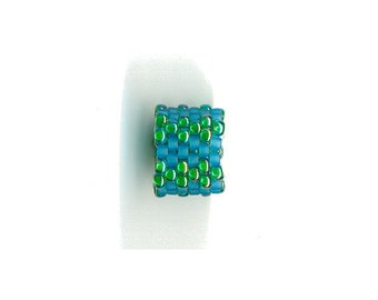 Woven Glass (Dread) Bead ... ... ... ... ... 9mm/o-6mm/i ... ... ... ... ... 06x15 * 365