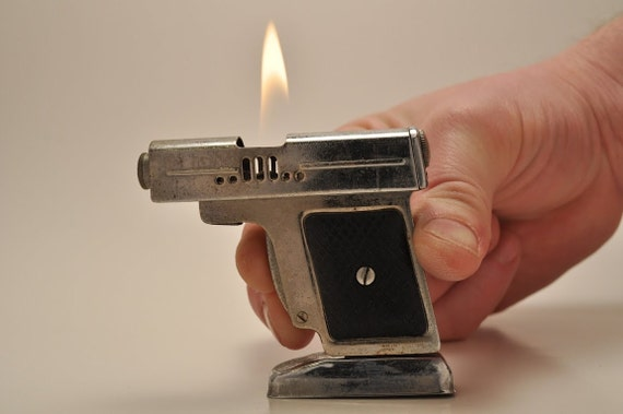 Working Gun LIghter with Stand