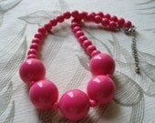 ON SALE Vintage Necklace in Hot Pink Beads, Rockabilly Retro, Womens Jewelry