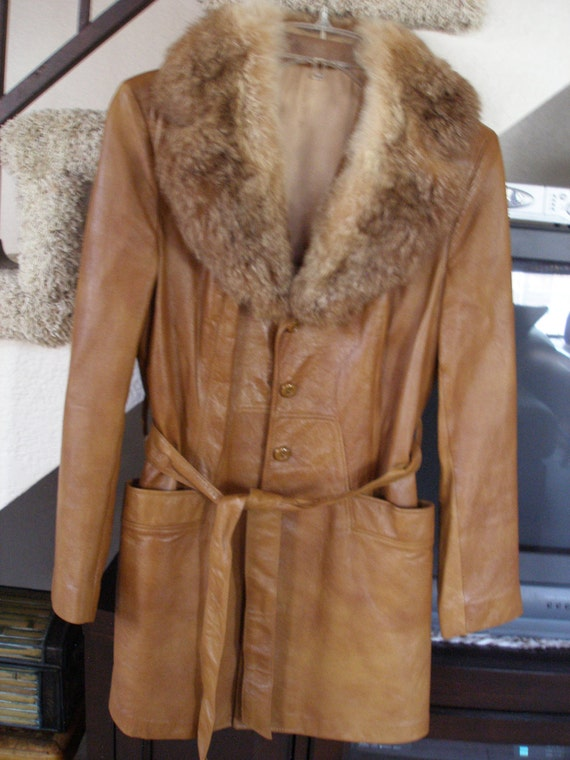 RESERVED for Bryony...Vintage Lady Scully Cabretta Leather Jacket, Tan w Detachable Fur Collar, Size 12  Medium, 1970's Perfect Condition