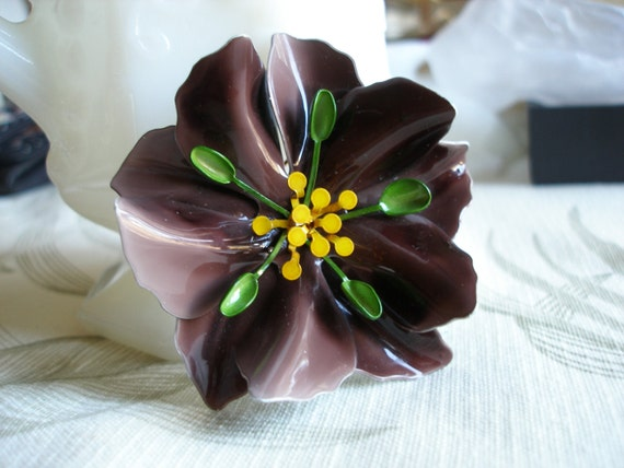 Vintage Flower Brooch Pin Purple, Large w Green n Yellow Accents, Metal, Excellent Condition Womens Jewelry