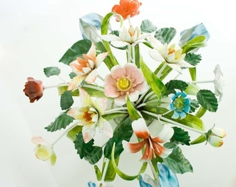Vintage, Collectible Italian Toleware Metal Floral Centerpiece