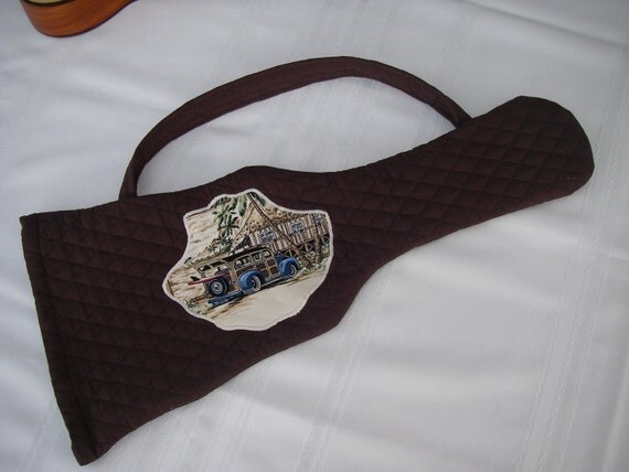Quilted Cotton Ukulele Bag in Chocolate Brown, with a Shell Shape Picture Applique of an Old Style Woody, Carrying Strap and Draw String