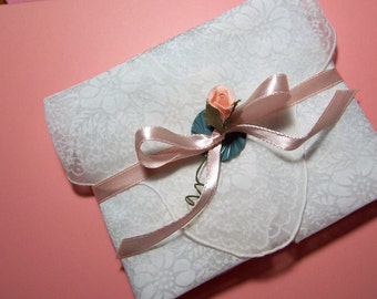 SHABBY CHIC White and Peach Rose Handkerchief and Note Card's