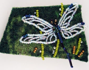 DRAGONFLY-Green bead and felt pin kit