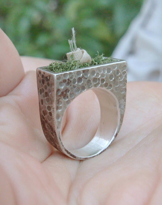 Little Garden - Handmade sterling silver ring with dehydrated moss and cotton fabric flower, nature jewelry / RB-1001