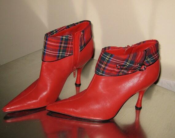 Vintage Espirit 1990s Plaid Punk Brit-Rock Heels - Ankle Boots - Size 6 - Bright Red