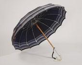 Vintage 1940s Umbrella