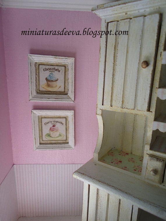 """Set of two framed pictures """"Cupcakes"""" 1/12th scale"""