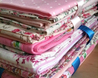 Pinks Fat Quarter Bundle, quilting, cotton fat quarters, FQ, FQ bundle, 4 x FQs, pinks bundle, quilt, homewear, sewing, craft supplies