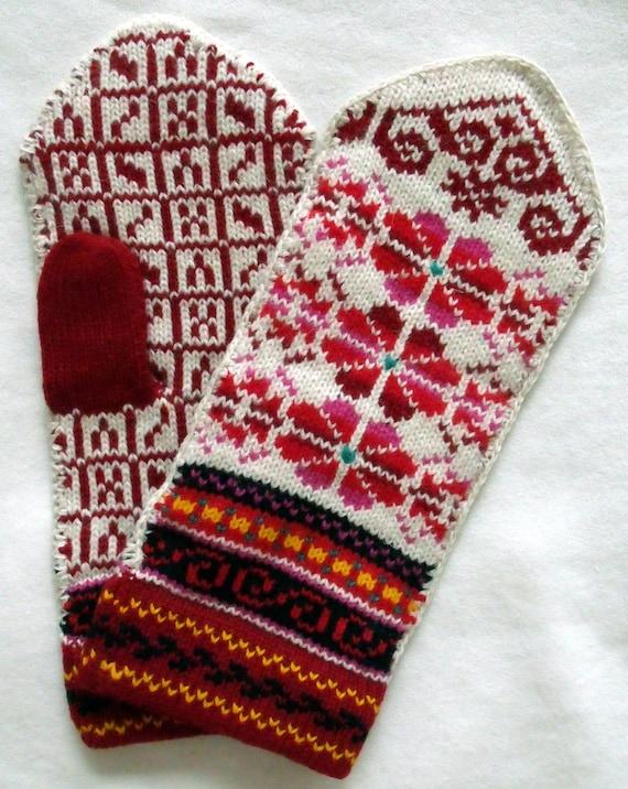 Norwegian hand crafted 100% Wool Mittens, folk art