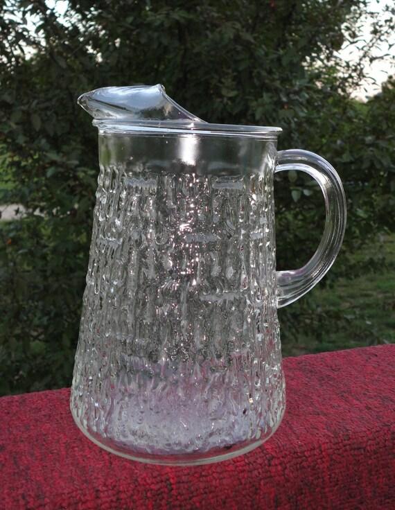 Vintage glass 2 quart pitcher,