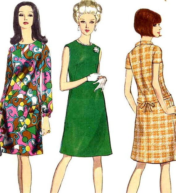 Vogue 1678 Basic Mod A Line Dress with Variations Easy To Make Sewing Pattern--Bust 34