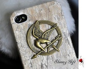 Wooden Iphone Case with The Hunger Games Mockingjay Logo Pendant, iPhone 4/4S case, Apple iPhone 4 Case, iPhone 4s Case
