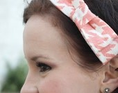 The Becca- Peach Pink Houndstooth Bow