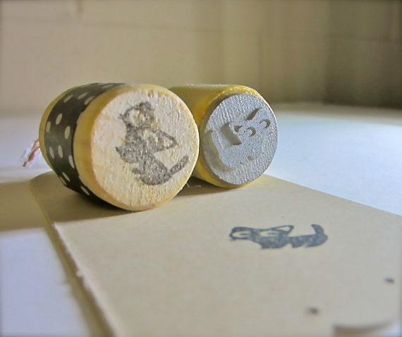 """Black Cat Rubber Stamp - XS Standing Kitty on 0.5"""" round dowel"""