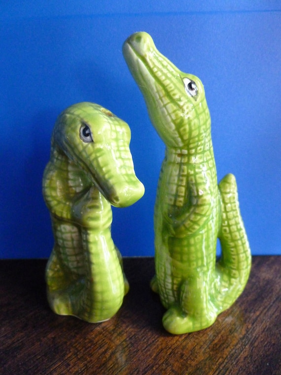 In a While Crocodile, See You Later Green Florida Gator, Salt and Pepper Shakers, Ceramic SALE 40% OFF CHK