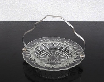 Anchor Hocking Prescut Glass Serving Dish, Relish Candy Mints Nuts, Chrome Handle