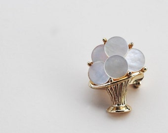 1950s Petit Mother of Pearl Pin, MOP Disc Brooch, C Clasp Flower Bouquet Vase